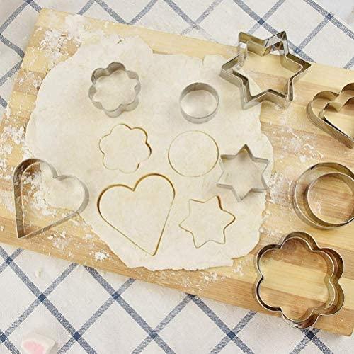 MOULLY Lot de 12 Emporte Piece Patisserie, Moule à Biscuits en Métal Emporte-Pièces en Acier Inoxydable Fondant Biscuit Cookie Pâtisserie en Forme de Cœur, Étoile, Cercle, Fleur